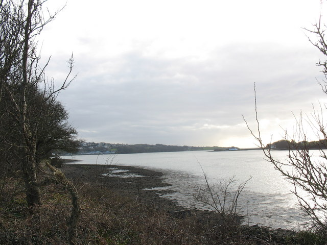The foreshore at Glan-y-mor