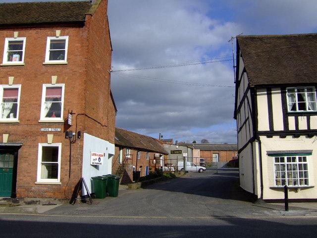 Ludlow Brewing Company, entrance