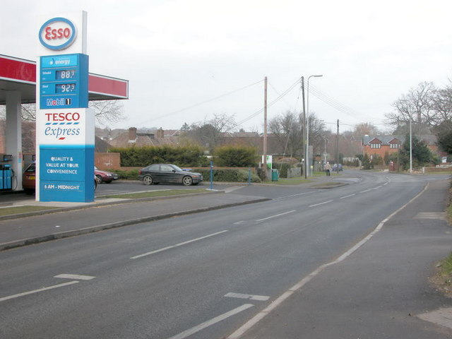 Tesco Express, Winchester Rd, Fair Oak.