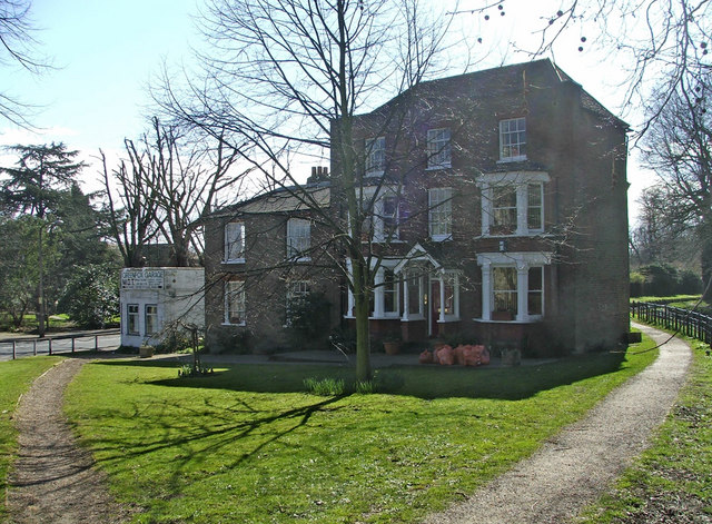 House east of the New River Loop, Enfield
