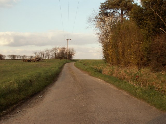 Road to Valley Farm and Lambert's Farm