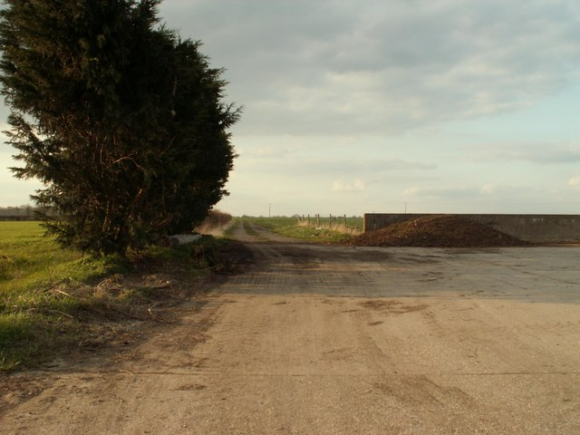 Farm track, close to St. James South Elmham