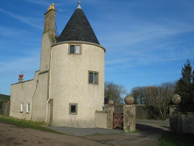 Macharioch Lodge by Southend.