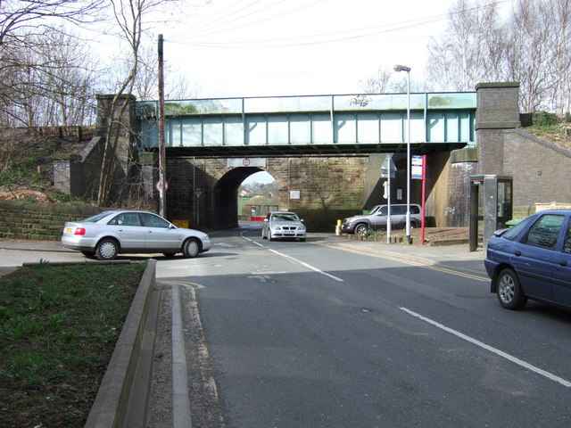 Bridges on School Lane, Walton