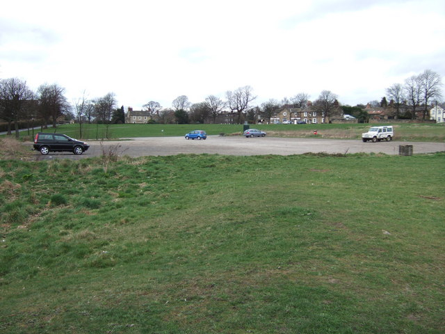 Car Park on Heath Common