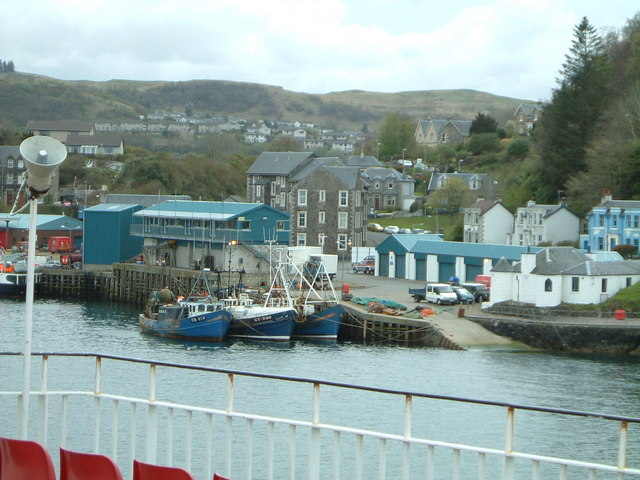 Entering Oban Harbour