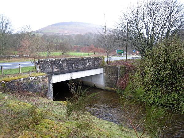 Finlas water and Bridge at A82