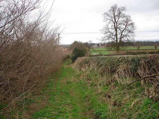 Public footpath descending towards Little Fencote