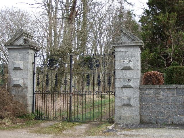 West Entrance to Craigmyle Estate