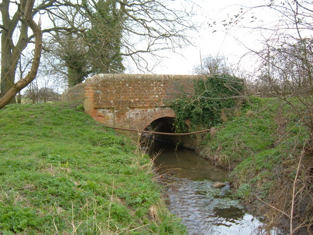 Small Road Bridge outside Great Horwood