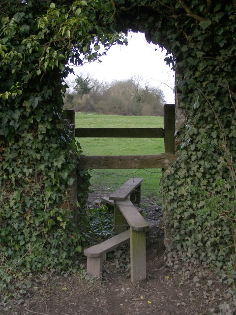 Stile and arch between Compton and Shawford