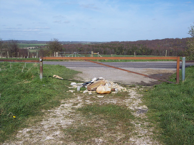 Flytip at the junction of the B3081 and the Ackling Dyke