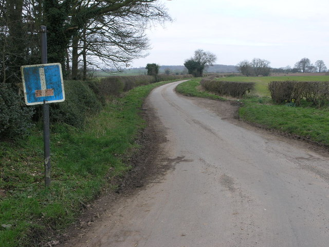 Road to Castle Hayes