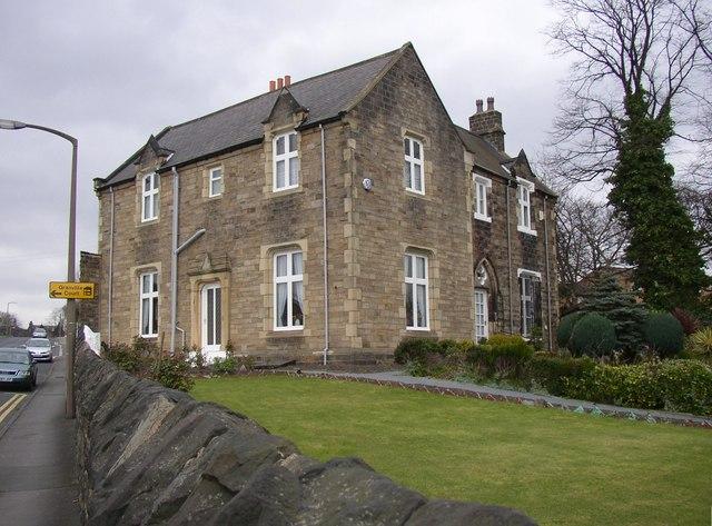 Victorian houses, Ashworth Road, Dewsbury
