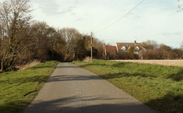 Howe Lane, heading towards Hempstead