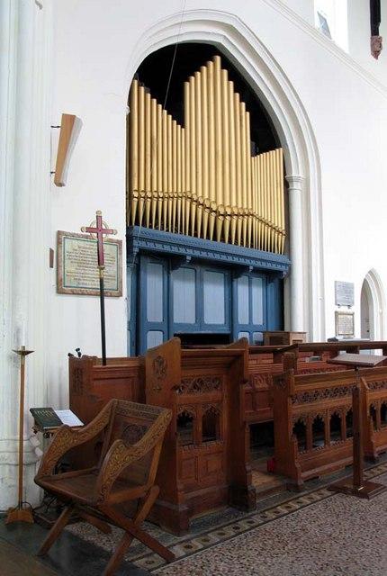 St Mary, Ware, Herts - Organ