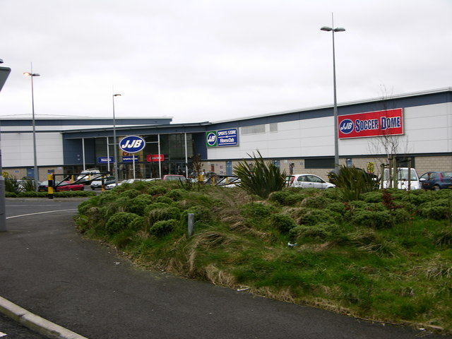 JJB, Gym, pool and shop near Fishmoor Reservoir