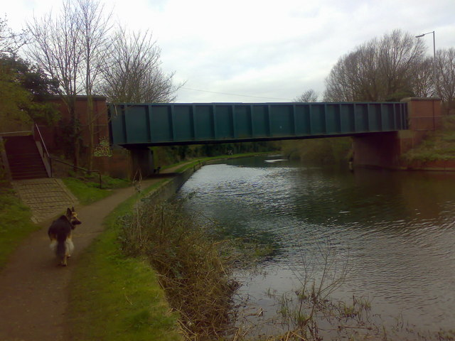 Nazeing New Road crossing the River Lea
