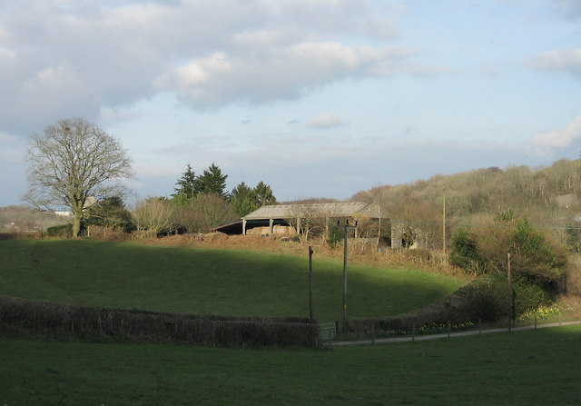 Barn and farm lane, Gwaelod - y - Garth.