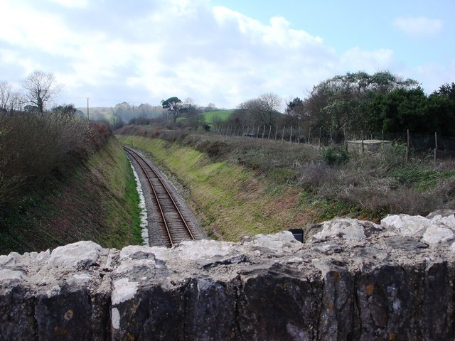 Torbay & Dartmouth Steam railway, looking south towards Hook Bottom