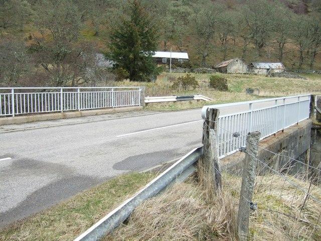 Bridge over Lettie River on the A839