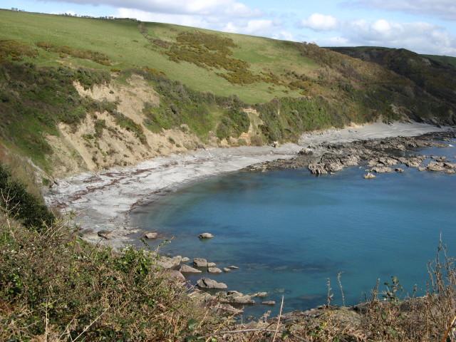 Looe: beach at Portnadler Bay