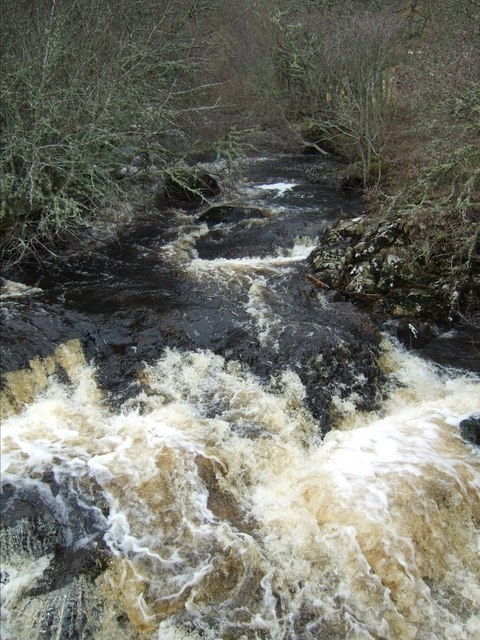Lettie River about to plunge under Lairg road