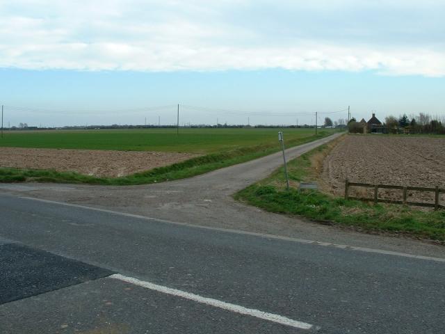 Junction - Bridge Road and Fields farm, Sutton Bridge