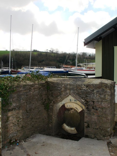 Old Lifebelt, Galmpton Creek, Dartside Quay