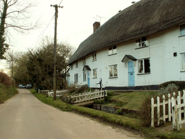 Cottages in Water Lane
