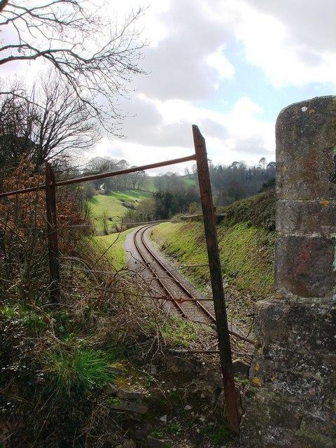Railway Bridge and metal railing, Hook Bottom, Greenway Road