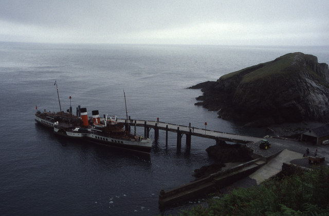PS Waverley at Lundy