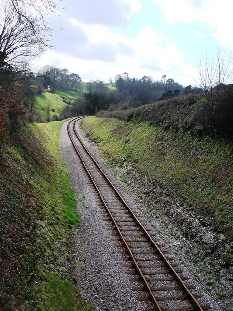 Railway track, curving round towards Hook Bottom, Greenway road