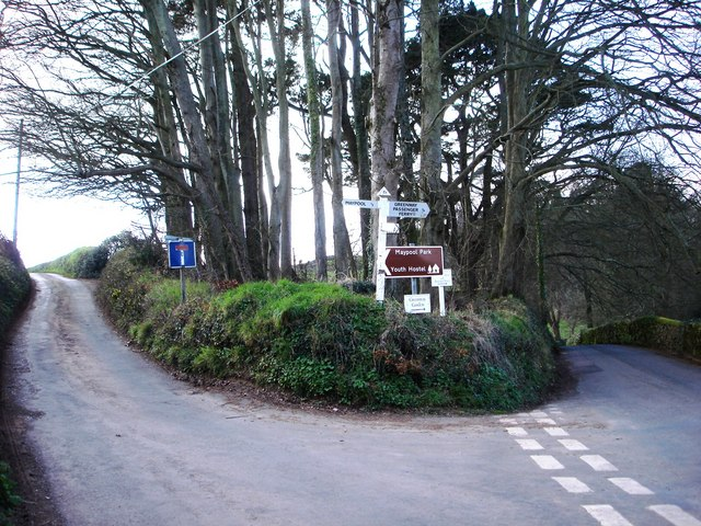 Road Junction, Greenway Road, Hook Bottom