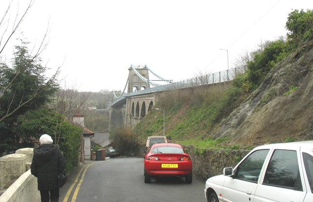 Pont y Borth (Pont Menai) from Ffordd Cambria Road