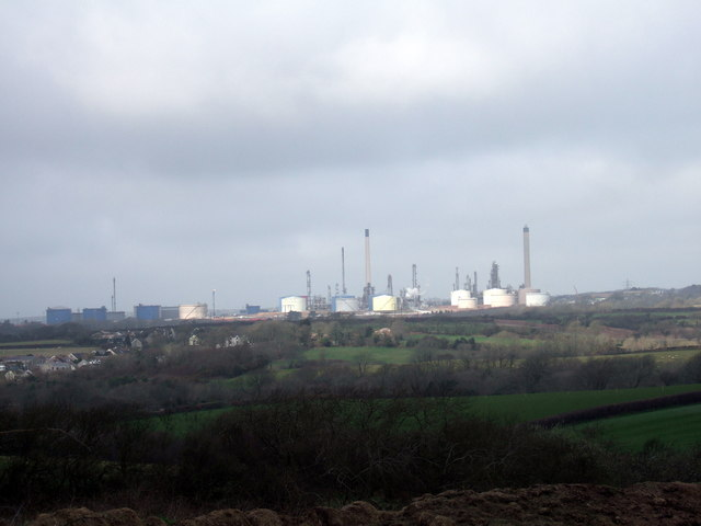 Oil refinery viewed from Steynton