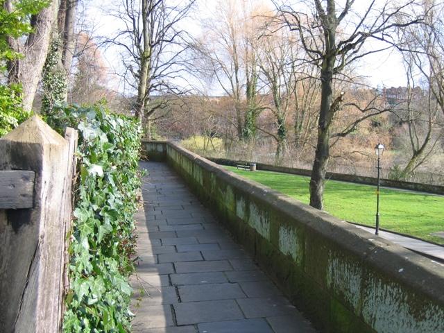 Chester's City Walls - Grosvenor Road to Bridgegate #6