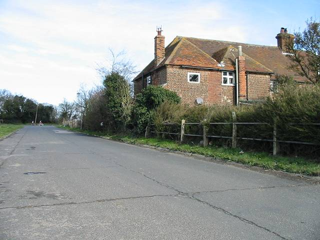 Road from the Canterbury Industrial Park to Island Road