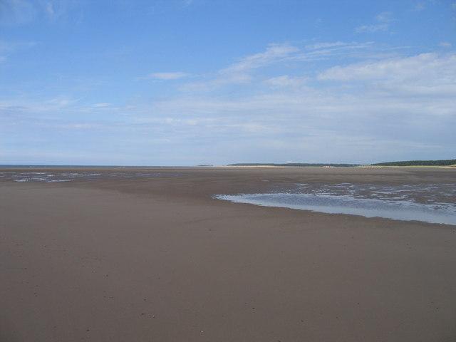 Beach at Burnham Harbour