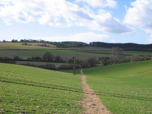 Public Footpath 22 looking west towards the B656