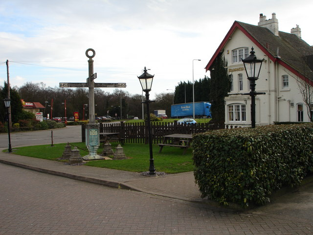 Bassett's Pole Public House and signpost