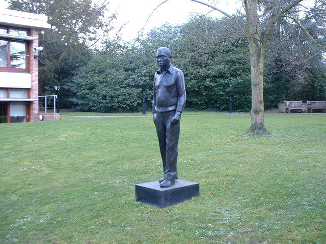 Institute of Astronomy, statue of Sir Fred Hoyle