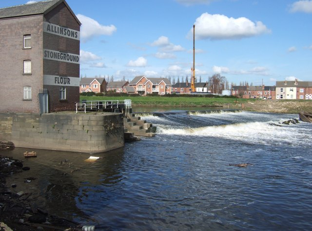 Allinson's mill on the River Aire