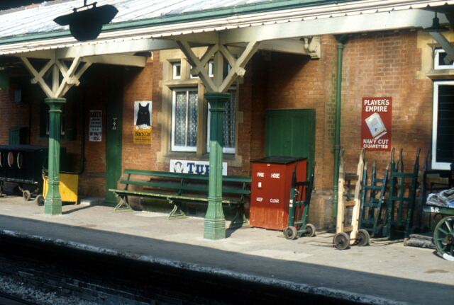 Sheffield Park Railway Station Platform 169 Patrick Gueulle