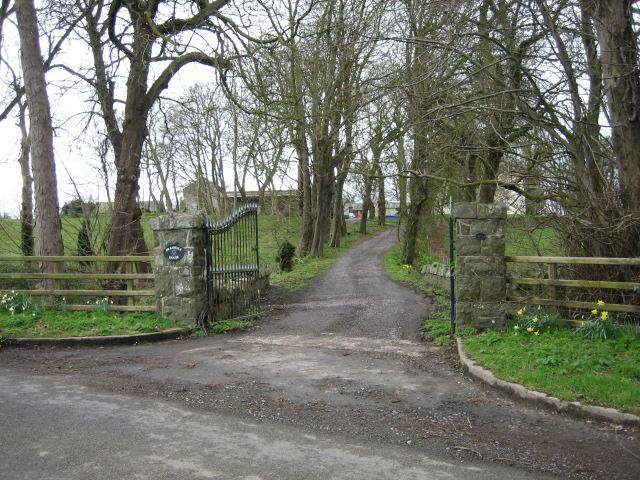 Gateway to Braidujle House