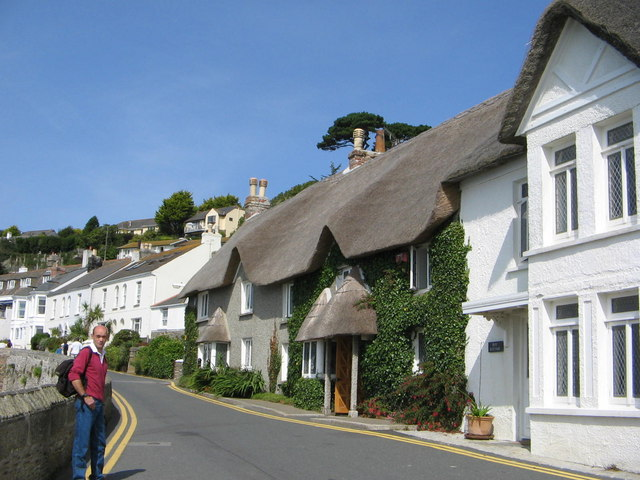 St. Mawes, coastal road to castle