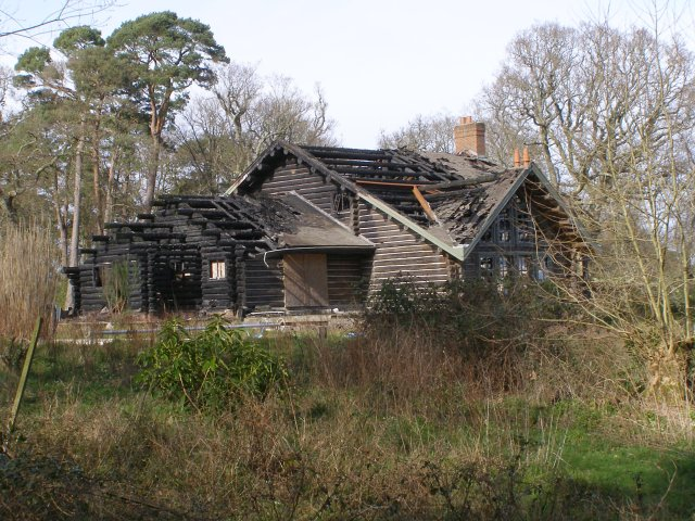 Burnt Out Log Cabin Hin Cheslea New Jim Champion Cc