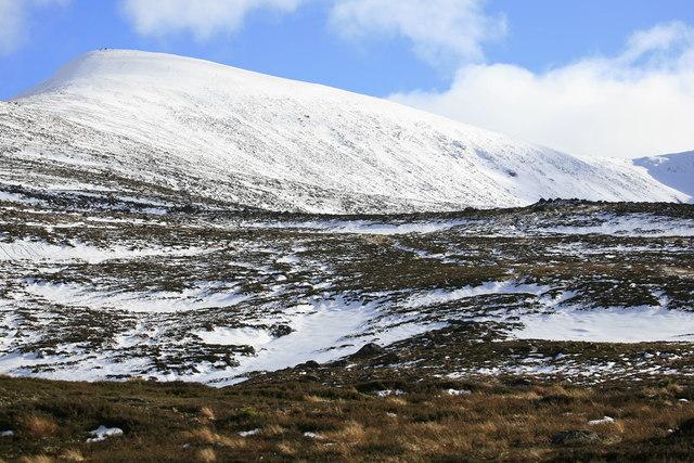 Fiachaill a' Choire Chais, spot height 1141m