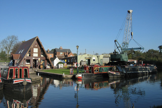 Alvechurch Boat Centre, The Worcester & Birmingham Canal.
