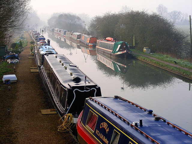 Oxford canal, Aynho Wharf